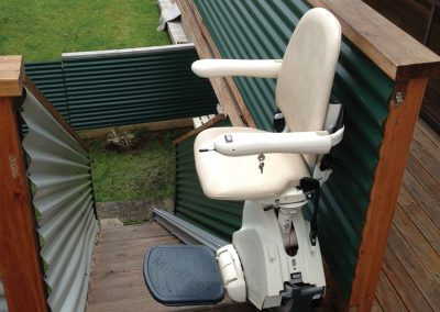 meditek-outdoor-straight-stairlift-2