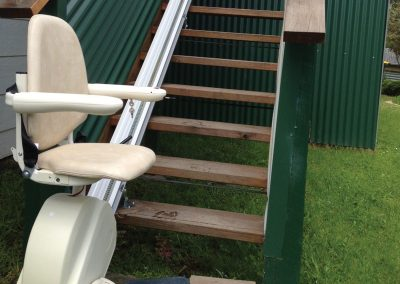 meditek-outdoor-straight-stairlift-3